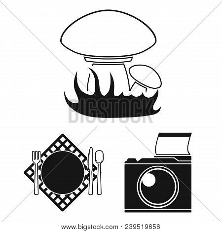 Picnic And Equipment Black Icons In Set Collection For Design. Picnic In The Nature Vector Symbol St