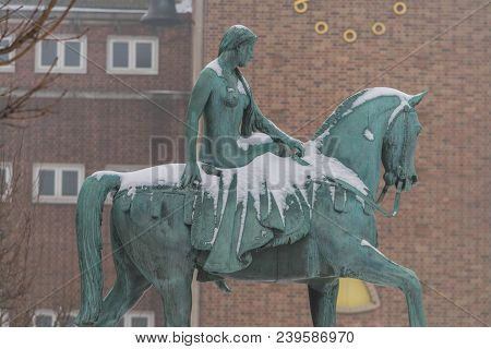 Coventry, England, Uk - 3rd March 2018: Lady Godiva Statue Partially Covered With Snow After Emma Sn