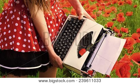 Drug, Narcotics, Opium, Novel. Poppy, New Technology, Remembrance Day. Opium Poppy, Agile Business,