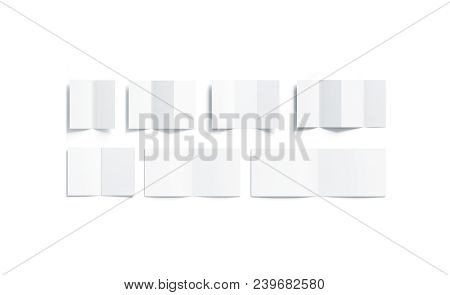 Blank White Booklets Mock Up Types Set, Opened Top View, 3d Rendering. Empty Brochures Mockup, Isola