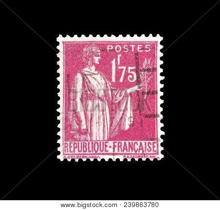 France - Circa 1932 : Cancelled Postage Stamp Printed By France, That Shows Allegory Of Peace.