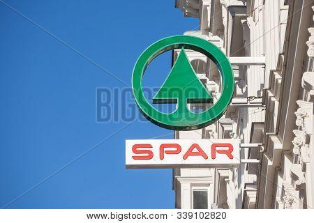 Vienna, Austria - November 6, 2019: Spar Logo On One Of Their Supermarkets In Vienna. Spar Is A Dutc