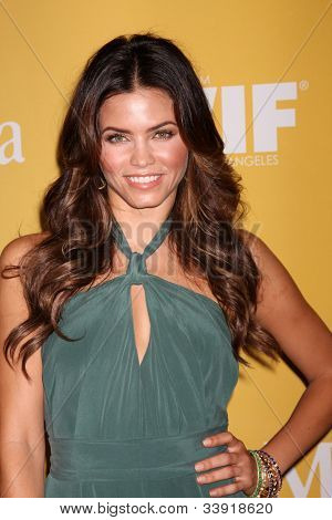 LOS ANGELES - JUN 12:  Jenna Dewan-Tatum arrives at the City of Hope's Music And Entertainment Industry Group Honors Bob Pittman Event at Beverly Hilton Hotel on June 12, 2012 in Beverly Hills, CA