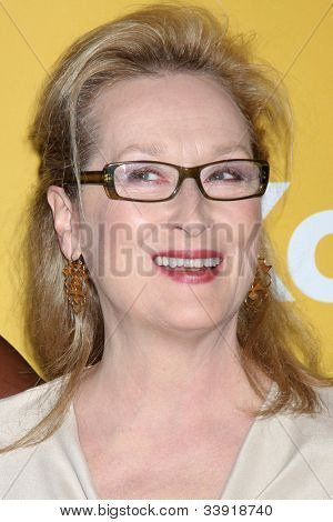 LOS ANGELES - JUN 12:  Meryl Streep arrives at the City of Hope's Music And Entertainment Industry Group Honors Bob Pittman Event at Beverly Hilton Hotel on June 12, 2012 in Beverly Hills, CA