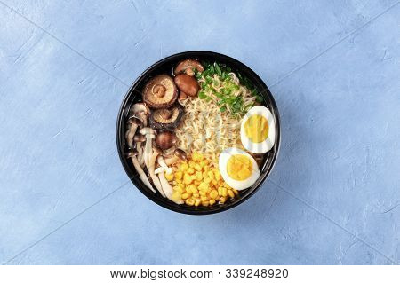 Ramen Noodle Soup. Soba Noodles With Eggs, Shiitake And Enoki Mushrooms, Sweet Corn And Scallions, T