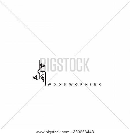Woody Woodpecker Bird On Trees Logo.woodpecker Vintage Logo Design Concept