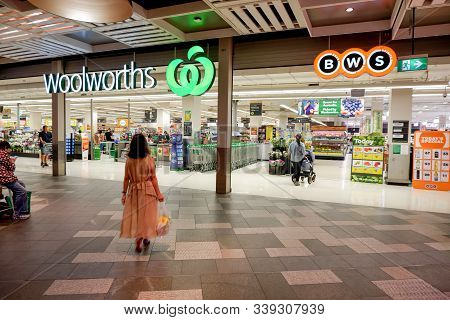 Sydney, Australia 04-10-2019. Entrance To Woolworths Supermarket And Bws Store. Woolworths Is An Aus
