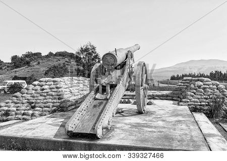 Long Tom Pass, South Africa - May 21, 2019: A Replica Of A Long Tom Cannon On The Long Tom Pass Betw