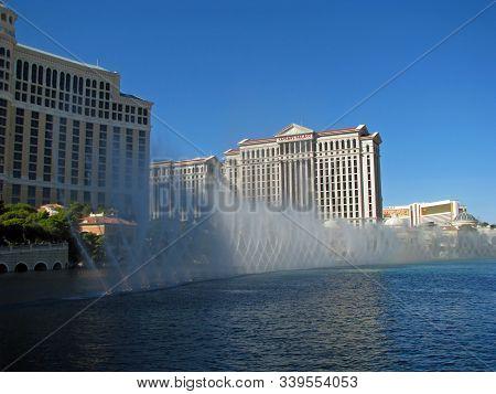 Las Vegas, Nevada, Usa  - November 03: The Dancing Fountains Of Bellagio Hotel And Casino 2012