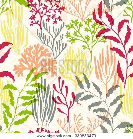 Ocean Corals Seamless Pattern. Kelp Laminaria Seaweed Algae Background. Undersea Reef Flora Pattern.