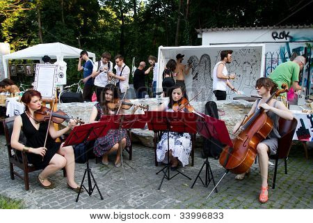 Concert at Street Delivery 2012