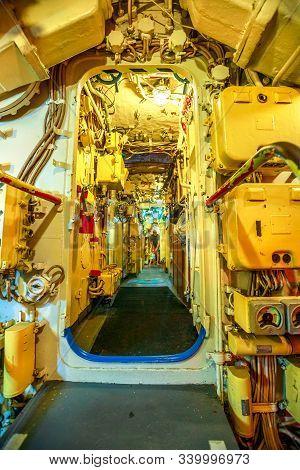 San Diego, Navy Pier, California, Usa - August 1, 2018: Door Of The Engine Room Of Cccp Soviet Subma