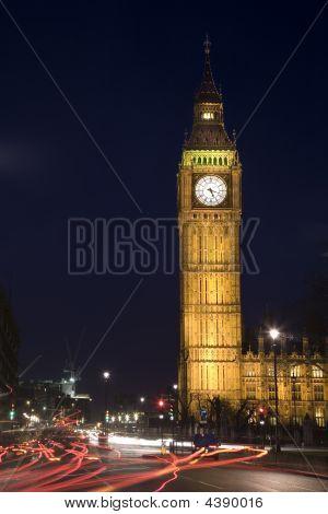 London - Big Ben At Night With Traffic