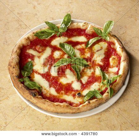 Italian Pizza Whit Mozzarella