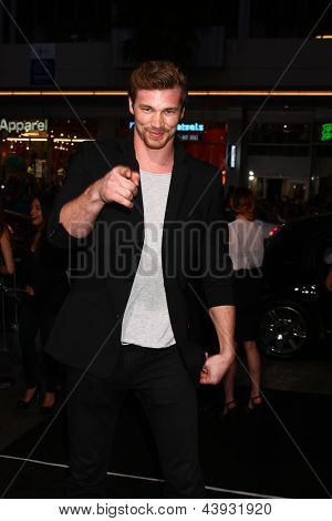 LOS ANGELES - MAR 28:  Derek Theler arrives at the