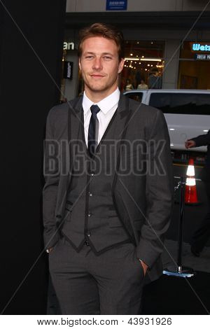 LOS ANGELES - MAR 28:  Luke Bracey arrives at the