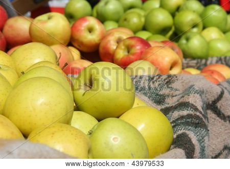 Background of apples at the market in Nazareth.