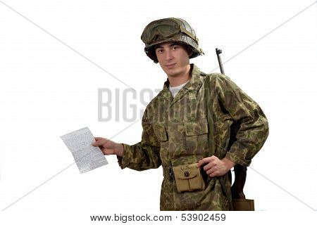 Young American Soldier  Shows A Photograph