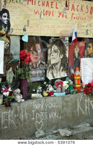 Michael Jackson Fan Wall