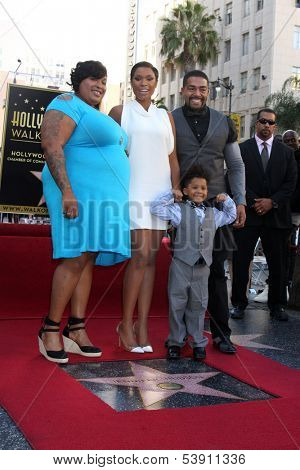 LOS ANGELES - NOV 13:  Julia Hudson, Jennifer Hudson, David Daniel Otunga, David Otunga at the Jennifer Hudson Hollywood Walk of Fame Star Ceremony at W  Hotel on November 13, 2013 in Los Angeles, CA