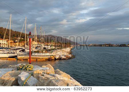 Bocca Di Magra Port