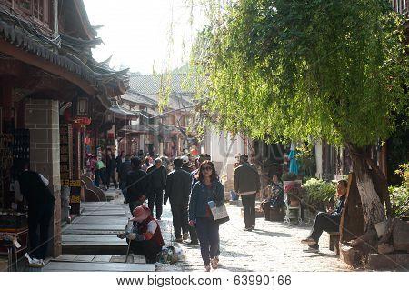 Crowd Walking In Lijiang Old Town.