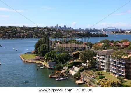 Sydney Harbour (21 MPixels)