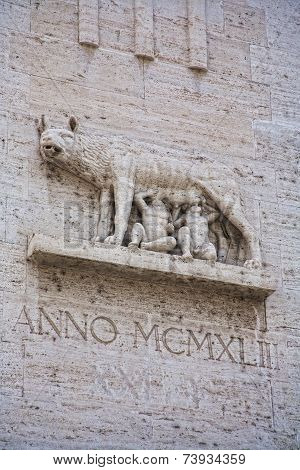 Marble Inpression Of The Capitoline Wolf Or She Wolf Statue