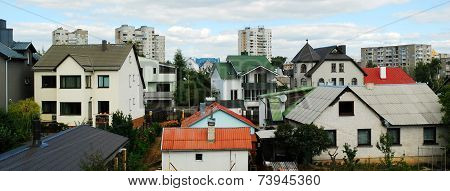 Vilnius City Houses In Fabijoniskes District