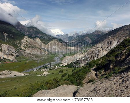 The Valley Of Manang In The Annapurna Himalayas