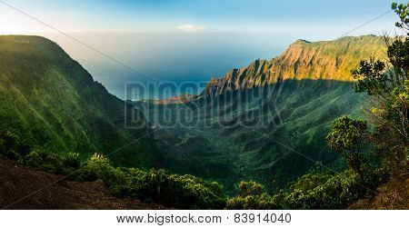Panoramic View Of Kalalau Valley Kauai