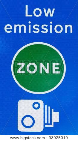 Low Emission Zone Signal In London