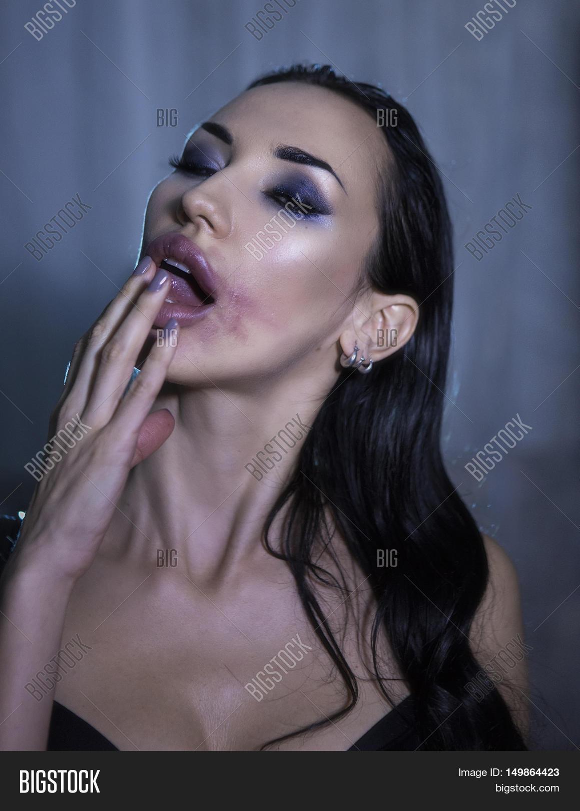 Outdoor anal deep vibrating
