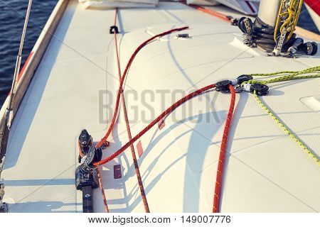 Incorrect, tuning of control system staysail on sports yacht. Staysail sheet preparation