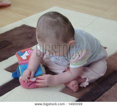 Babyplaying