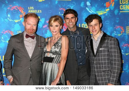 LOS ANGELES - SEP 24:  Jesse Tyler Ferguson, Julie Bowen, Justin Mikita, Nolan Gould at the Vanguard Awards at the Pacific Design Center on September 24, 2016 in West Hollywood, CA