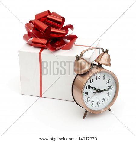A retro clock with presents