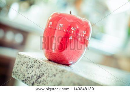 40 Minutes - Red Kitchen Egg Timer In Apple Shape