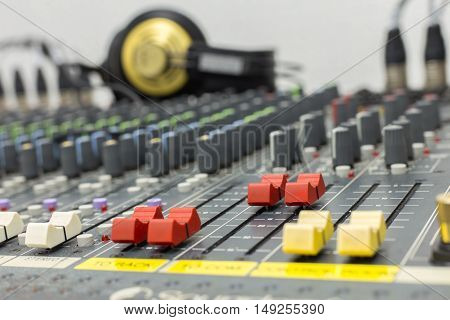 Fader Mixer Red Color