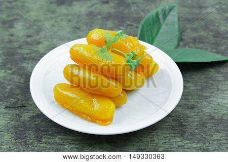 Sweet jackfruit seeds, Thai dessert (Met Khanoon)