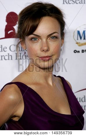 Amanda Walsh at the 'Runway For Life' Benefiting St. Jude Children's Research Hospital held at the  Beverly Hilton in Beverly Hills, USA on September 15, 2006.