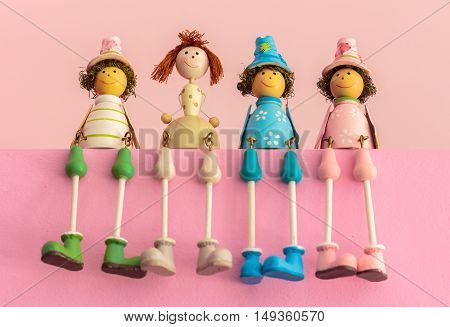 Sitting Wooden Toys, Gift Color Baby Dolls..