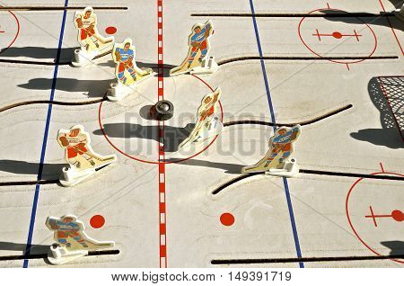 MOORHEAD, MINNESOTA, September 27,2016:  The Old used Vintage 1972 Munro Bobby Hull NHL Tin Table Top Rod Hockey Game features the Detroit Red Wings and New York Rangers