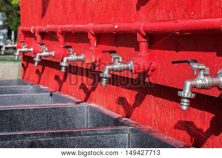 shifter crane, red crane plumbing, battery faucet