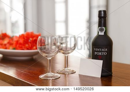 Port wine glasses and a welcome card