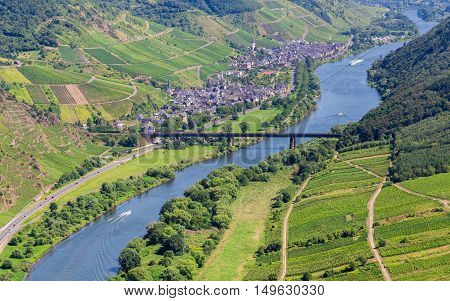 Moselle valley overlooking Ediger-Eller and the Mosel.