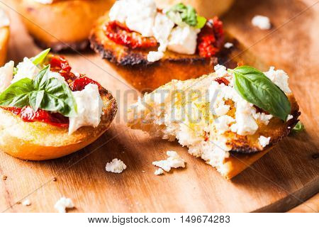 Bruschetta With Sundried Tomatoes