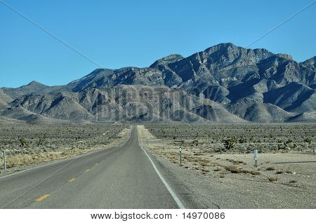 ROAD INTO MOUNTAINS