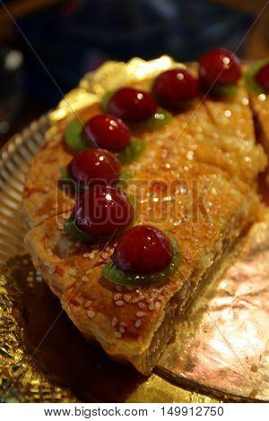 Stock image of Cake with fresh fruits
