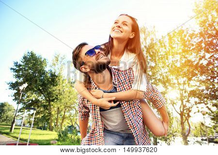 Happy Smiling Couple in love. happiness and romantic Scene of love couples partners